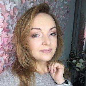 Елена Куканова
