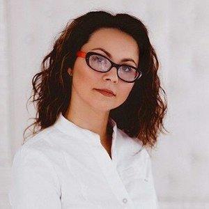 Yulya Cosmo