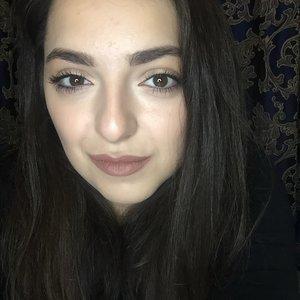 Анна Гукасова