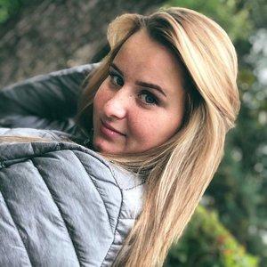 Олеся Ястребова