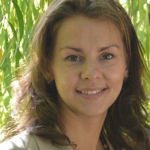 Нина Петракова