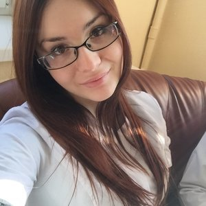 Анна Ельконович