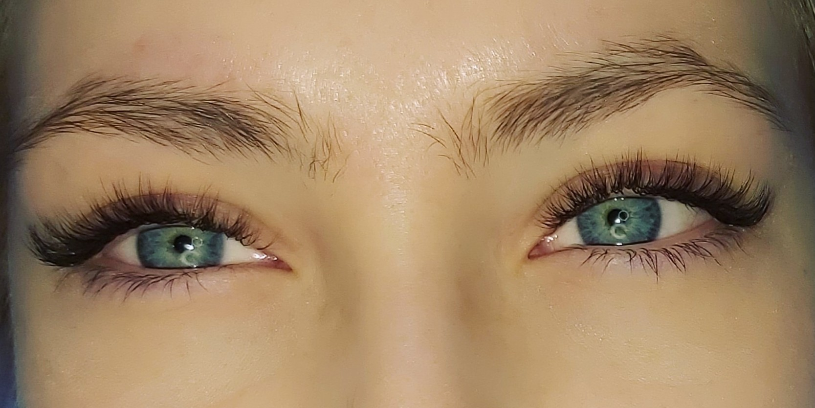 Елена Lash and Brow
