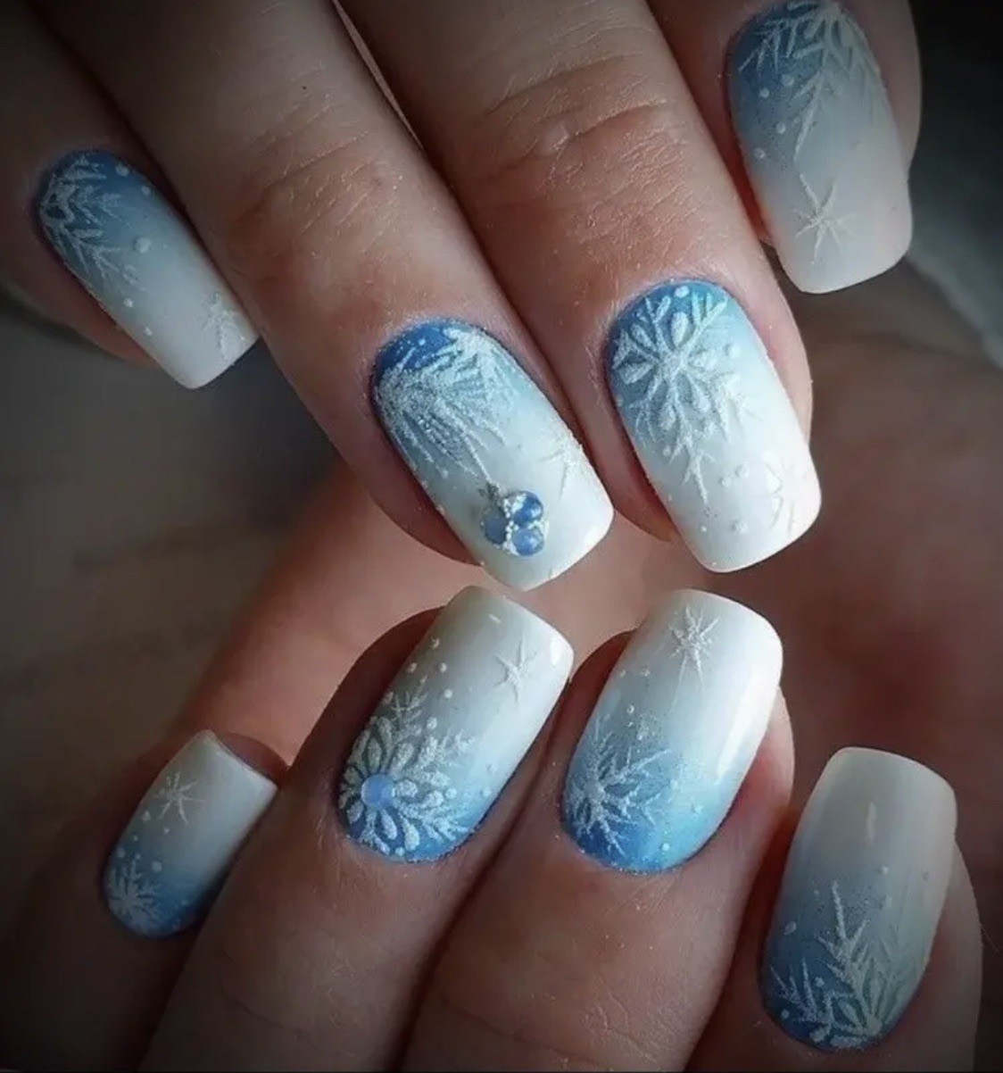 Jasmine on Twitter Christmas nails, Holiday nail designs, De